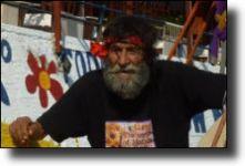 Διαβάστε περισσότερα: Hippie-Hippie Matala! Matala!