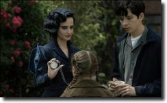Διαβάστε περισσότερα: Miss Peregrine's Home for Peculiar Children